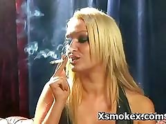 Promising Smoking Milf Amulet Making out