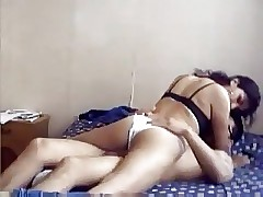 indian teen clamp on the top of cam