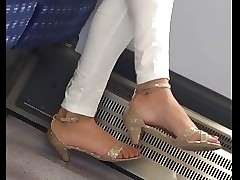 Indian milf down in the mouth heels..