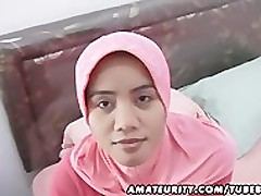 Arab lay spliced homemade blowjob..