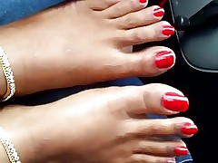 indian overheated toenails