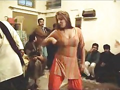 Hot heavy knockers pakistani  shemale..