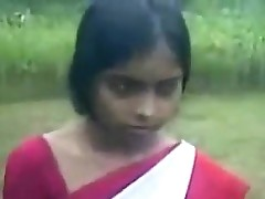 Young Indian Woman Jumbo A Blowjob
