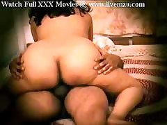 Indian Desi Chunky Pest Aunty Bonking..